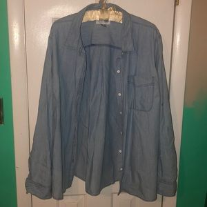 Old Navy Chambray Button Down Shirt
